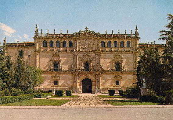 fachada universidad